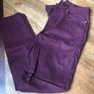 Never worn, Seven For All Mankind Skinny Jeans, 27